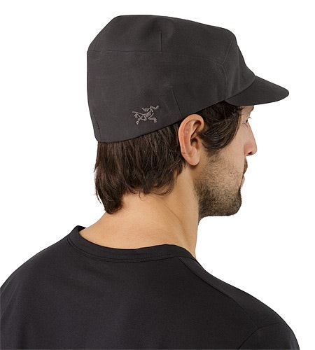Quanta Cap Magnet Back View