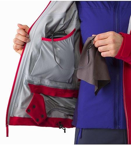 Ravenna Jacket Women's Radicchio Internal Dump Pocket