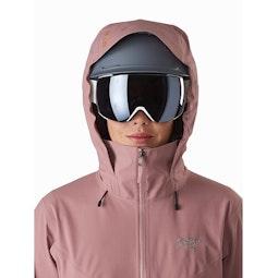 Ravenna LT Jacket Women's Momentum Helmet Compatible Hood