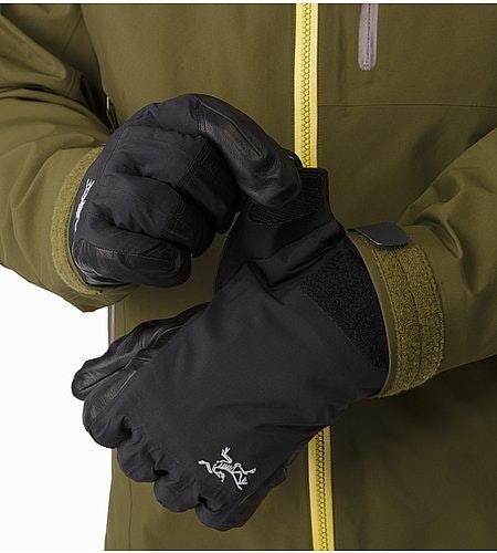 Rush Glove Black Cuffs