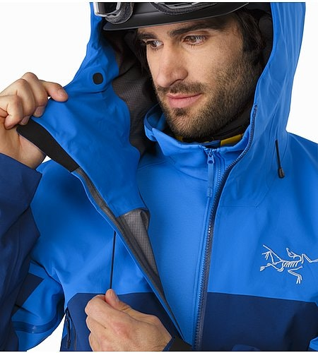 Rush Jacket Lode Star Cohaesive™ Hood Adjuster