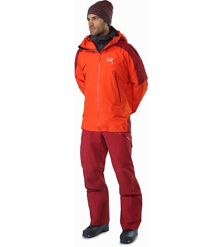 Rush LT Pant Red Beach Outfit