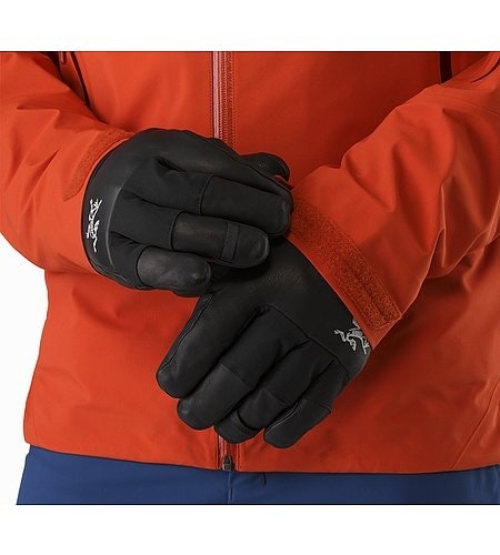 Sabre Glove Black Low Profile Cuff