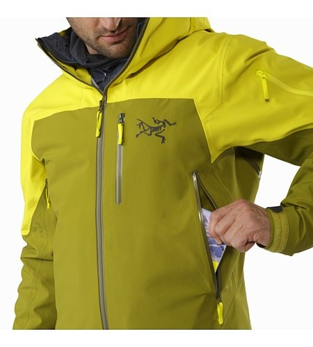 Sabre LT Jacket Serpentine Hand Pocket
