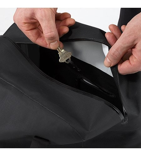Seque Tote Black Cell Phone Pocket
