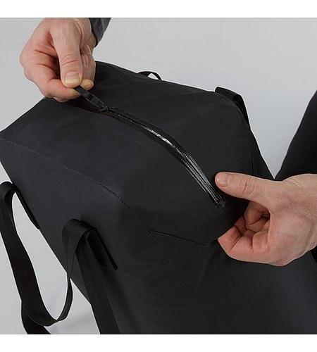 Seque Tote Black Waterproof Zipper