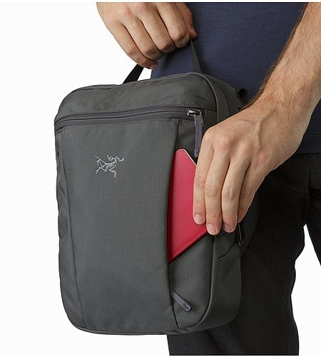 Slingblade 4 Shoulder Bag Pilot External Pocket