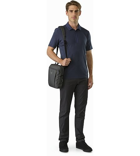 Slingblade 4 Shoulder Bag Pilot Front View
