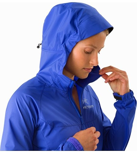 Squamish Hoody Women's Iolite Hood Up