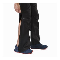 Stradium Pant Black Lower Leg Zipper Open