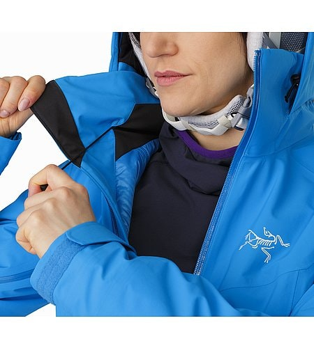 Tiya Jacket Women's Baja Hood Adjuster