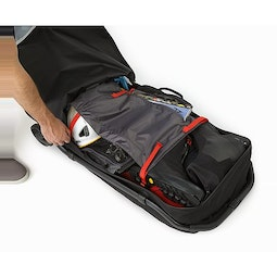 V110 Rolling Duffle Black Open View Compression Panel
