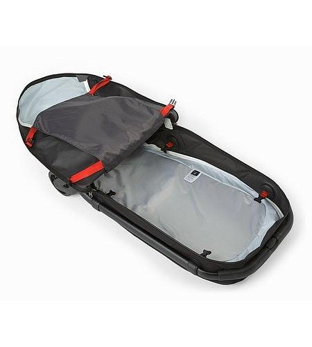 V80滚轮行李箱黑色内侧