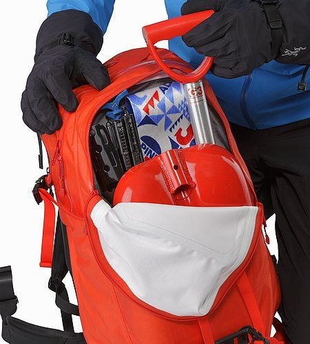Voltair 30 Backpack Cayenne Main Compartment