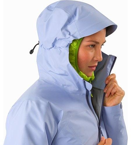 Zeta LT Jacket Women's Osmosis Hood Side View